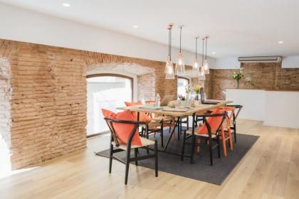 Jakie krzesło wybrać do salonu w stylu loftowym?