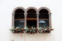 Tradycyjne dekoracje okienne